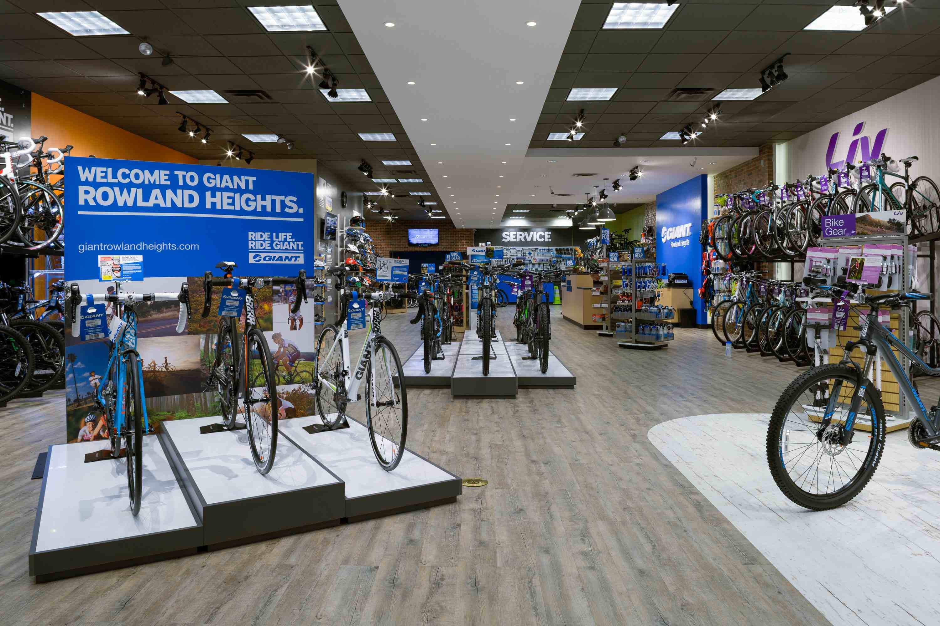 New Socal Retailer Opens As Giant Store Bicycle Retailer
