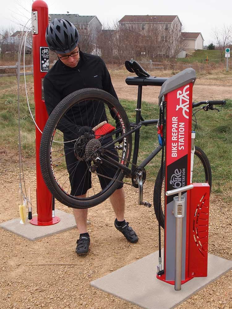 Bike Fixtation Offers Public Bike Wash And Bottle Fill