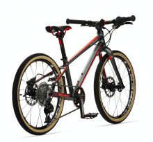 The Beinn Pro Series mountain bike with carbon fork.