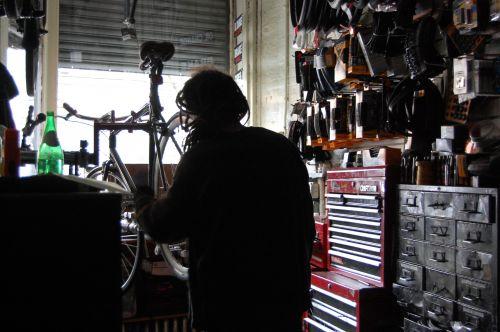 Photo of mechanic Hal by Alex Leader, Bicycle Habitat