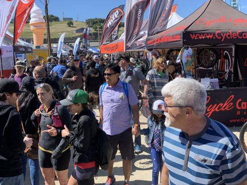 Crowds at the 2019 Sea Otter expo.