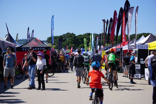 Pocket Outdoor Media extended its sponsorship of the Sea Otter Classic.