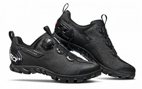 Sidi Defender 20 is the Italian manufacture's take on the modern trail shoe.
