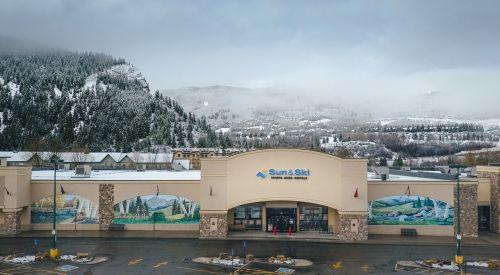 Sun & Ski Sports' location in Avon, Colorado.