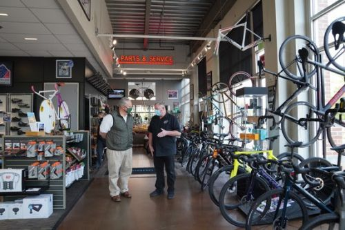 DOI Secretary David L. Bernhardt visits Big Ring Cycles in Denver on Friday (Photo by Tami Heilemann).