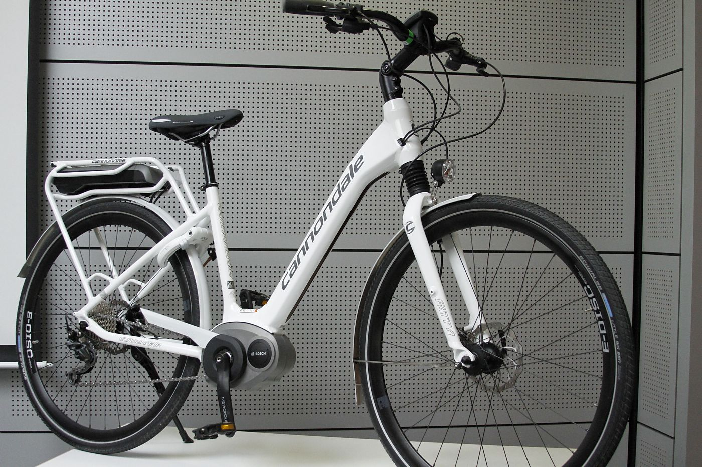 70882b5ea33 Cannondale grows e-bike lineup | Bicycle Retailer and Industry News