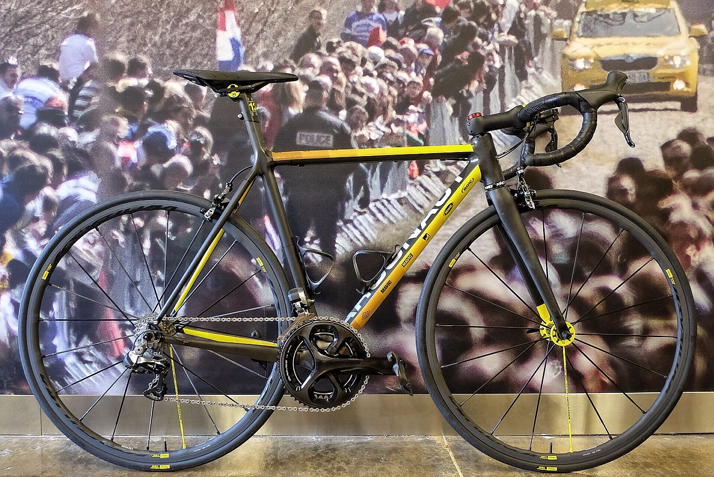 Photo: Mavic has worked with six custom builders to produce special bikes commemeorating the French company's 125th anniversary...