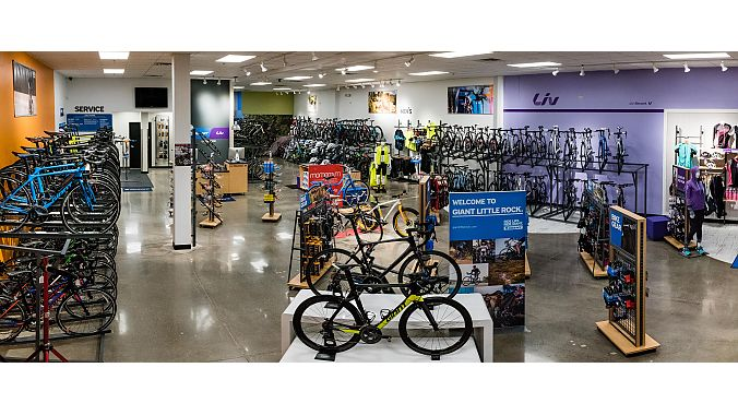 Giant Little Rock holds grand opening