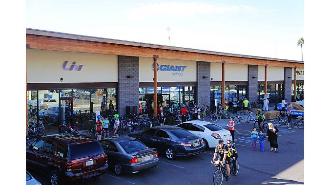 More than 200 customers and other guest turned out for the store's grand opening, which included group rides, raffles and a demo by Giant trials and urban freeride athlete Jeff Lenosky.