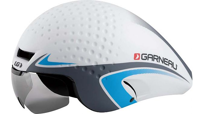 Photo: This helmet, certified according to CPSC standards in December 2013, was manufactured in early 2014.