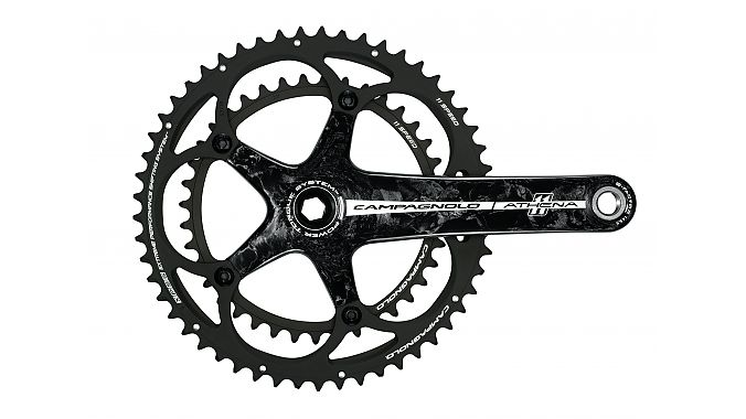 The 2015 carbon Athena crank is still five-arm, but the chainrings are updated with SC-14 technology.