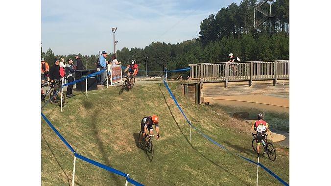 Racers duked it out Saturday at the Fall CycloFest Cyclo-Cross race, part of the North Carolina Cyclo-Cross Series.