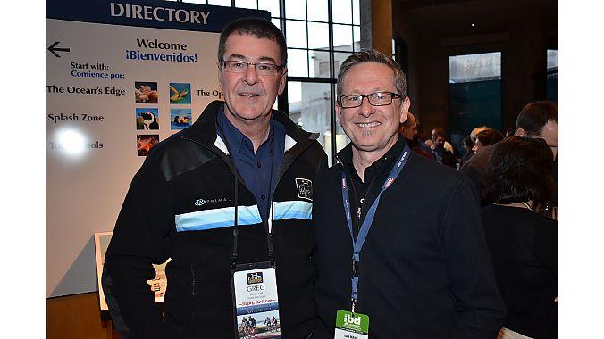 New Seattle Bike Supply president Greg Blackwell (left) and IBD Summit moderator Dan Mann of the Mann Group at the aquarium dinner