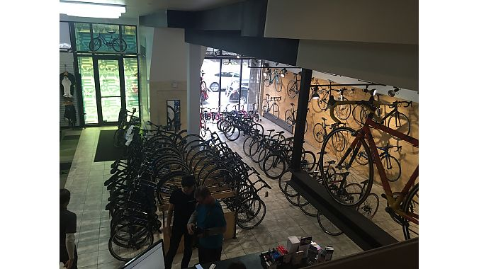 Momentum Solutions Velo owes its design elements mostly to co-owner Alexandere Shareck, who invested in the Momentum, joining store founder Yannick Guimond, after a career in architecture.
