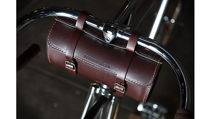 The Jefferson handlebar bag