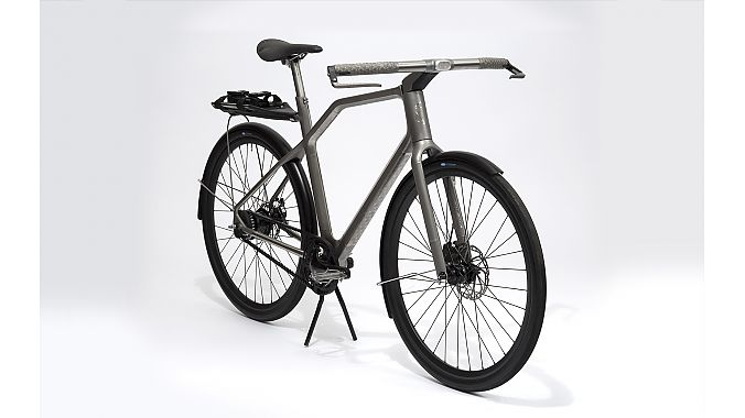 The Portland bike also has self-regulating light sensors and a detachable rack system.