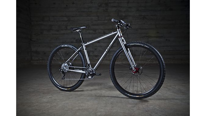 Cielo's hardtail mountain model is designed around 29-inch wheels except for size XS, which rolls on 650b