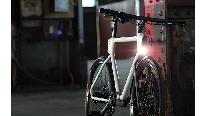 The San Francisco bike also has an integrated front light.
