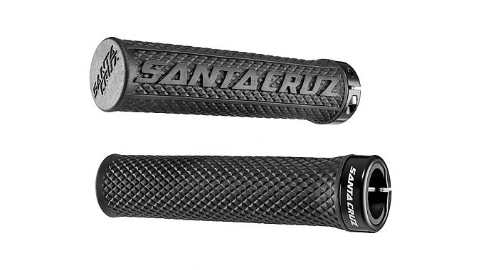 Santa Cruz Carbon Palmdale Grip.