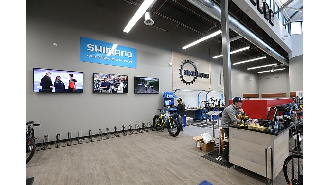 Bike World Iowa completely gutted the space as part of a top to bottom renovation. The store now has a spacious Shimano Service Center.