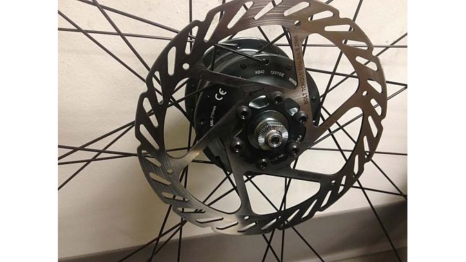 The front hub