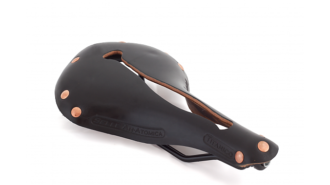 The new T-Series saddle (formerly called Titanico).