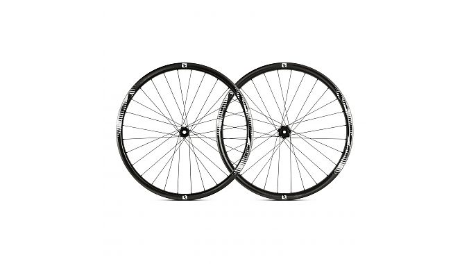 Reynolds' TR 309 trail wheels weigh 1,755 grams per set and will retail for $1,299.
