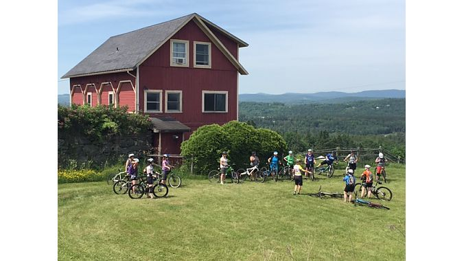 A women's clinic gets a picturesque backdrop at the Wildflower Inn, host site of NEMBAfest the past three years.