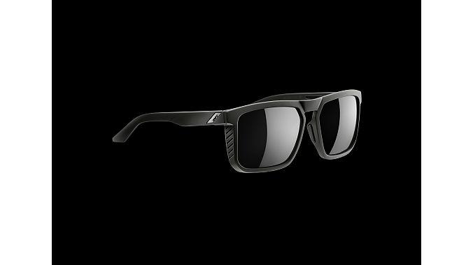 100%'s Renshaw sunglasses.