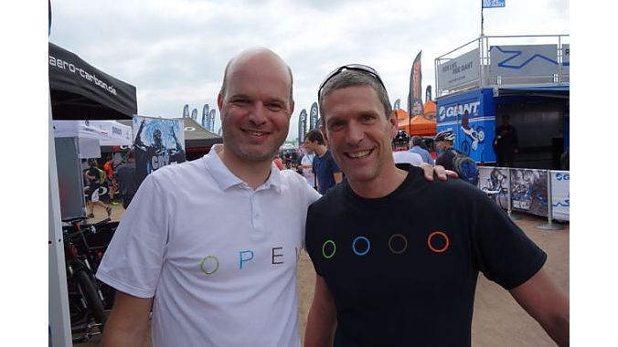Vroomen and Kessler, in white and black shirts. BRAIN photo.