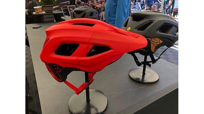 The new Fox Mainframe helmet.