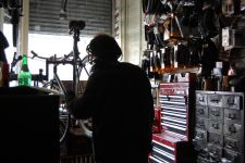 Photo of mechanic Hal by Alex Leader, Bicycle Habitat