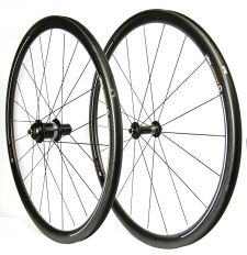 The AMP 35 wheelset.
