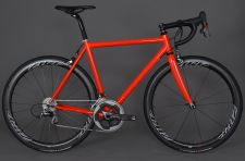 The Serotta Pronto in Stealth Red