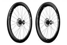The ENVE SES 5.6 Disc clincher wheelset.