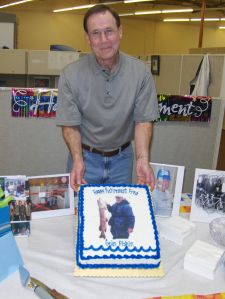 Teeman with his retirement cake. Photo courtesy of Giant.