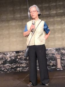 Velo's founder, Stella Yu, thanks several hundred attendees for their support at the company's 40th anniversary celebration.