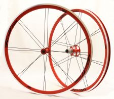 An all-red wheel combination.