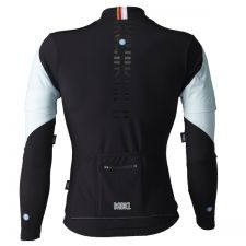 Babici's Hibrido winter jersey features removable sleeves.